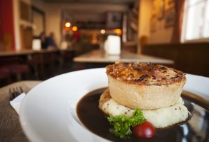 Pie and Mash at The Raven